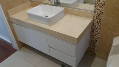 Muebles De Baño – Surco: Baños de estilo moderno por MARSHEL DUART SRL