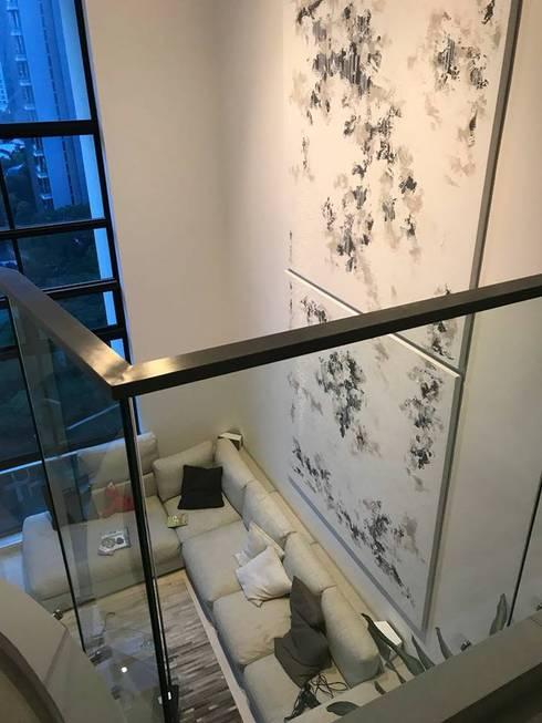 Scandinavian Luxury:  Corridor, hallway by Singapore Carpentry