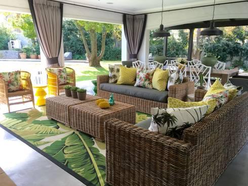 Melrose:  Balconies, verandas & terraces  by ByDezign Interiors