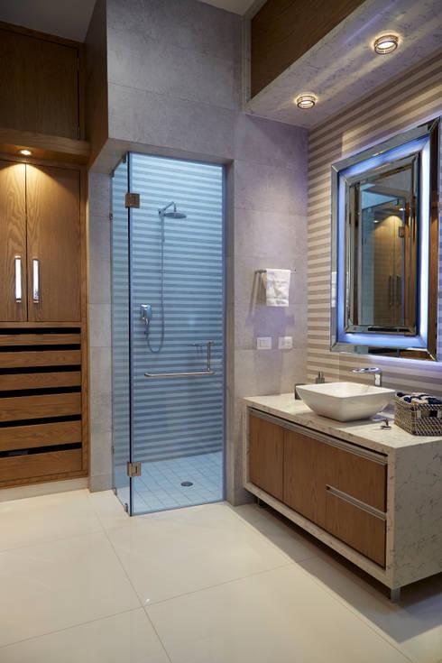 baño niño: Baños de estilo  por arketipo-taller de arquitectura
