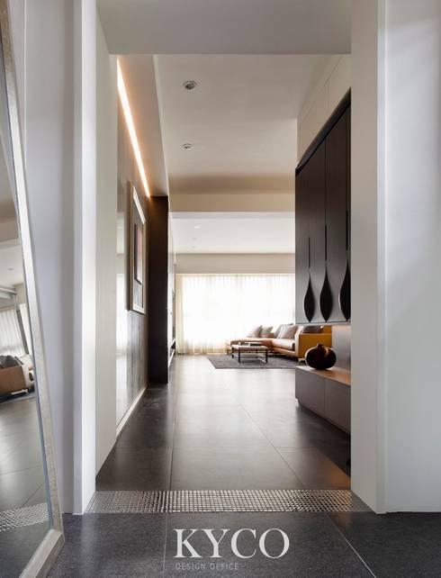 玄關:  陽台、門廊與露臺 by 芮晟設計事務所