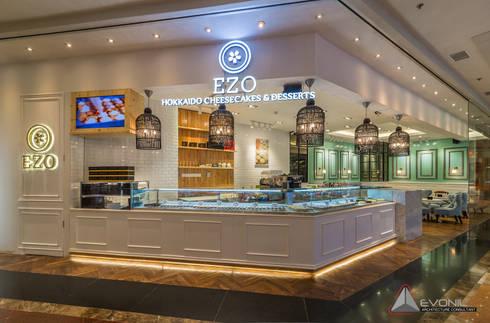 EZO Cheesecakes Bakery - Mall Taman Anggrek:  Restoran by Evonil Architecture