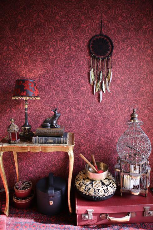 Paredes y suelos de estilo  por A.S. Création Tapeten AG