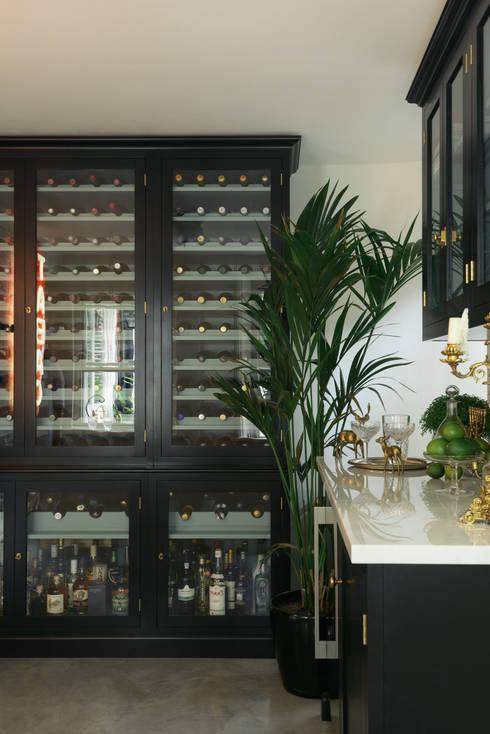 classic Wine cellar by deVOL Kitchens