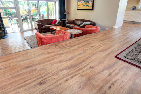 Residential Project, Northcliff: classic Living room by Wanabiwood Flooring