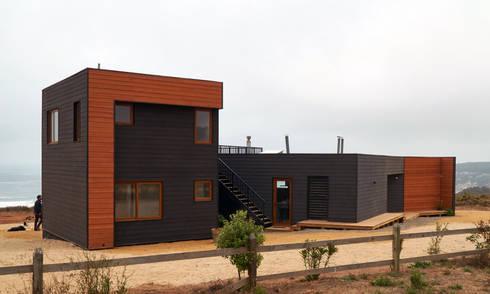 Casa RM: Casas de estilo moderno por Moreno Wellmann Arquitectos