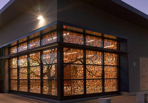 LOFT板材波蘭高端品質,現代簡約_意大利之家:  玄關、走廊與階梯 by 北京恒邦信大国际贸易有限公司