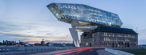 Zaha Hadid(札哈、哈蒂)事務所,在比利時的作品。 :  辦公大樓 by 德國旭格國際建材