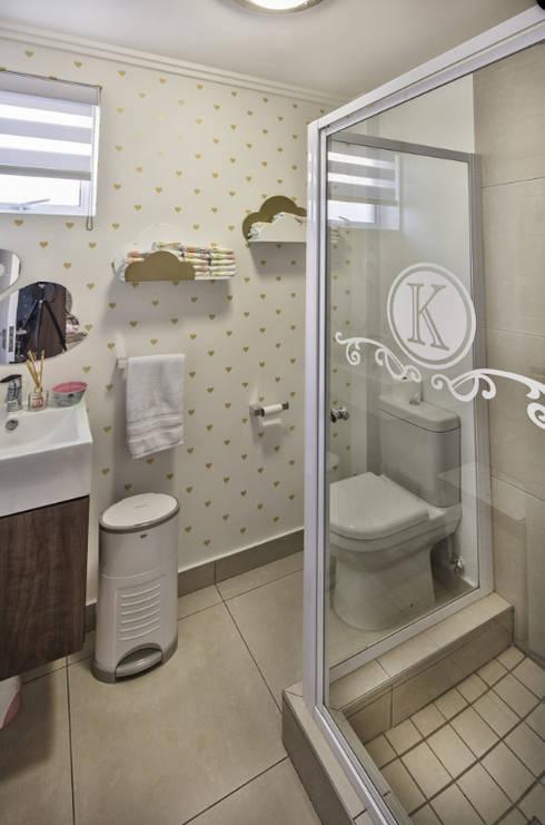 Children's Bedrooms : eclectic Bathroom by Spegash Interiors
