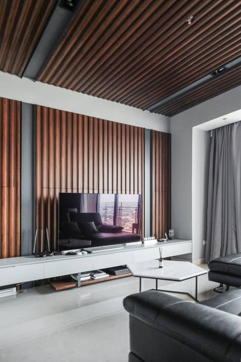 Living Room :  Ruang Keluarga by FIANO INTERIOR