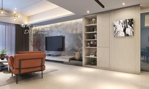 隱約奢華 低調時尚品味宅:  客廳 by 木博士團隊/動念室內設計制作