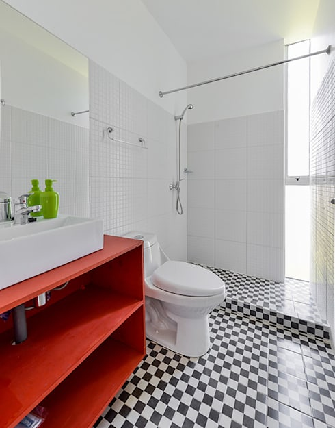 Baño: Baños de estilo  por mutarestudio Arquitectura