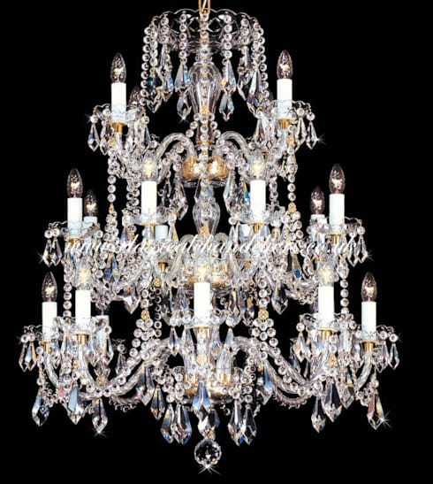 classic Living room by Classical Chandeliers