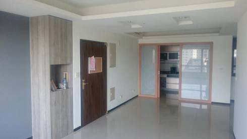廚房施工前:   by 圓方空間設計