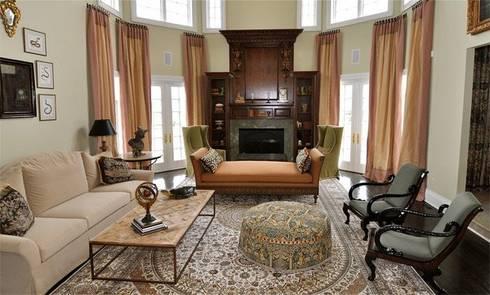 Mediterranean Bedroom: mediterranean Living room by Subramanian- Homify
