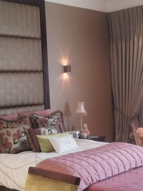 Sandton Splendour: classic Bedroom by CKW Lifestyle