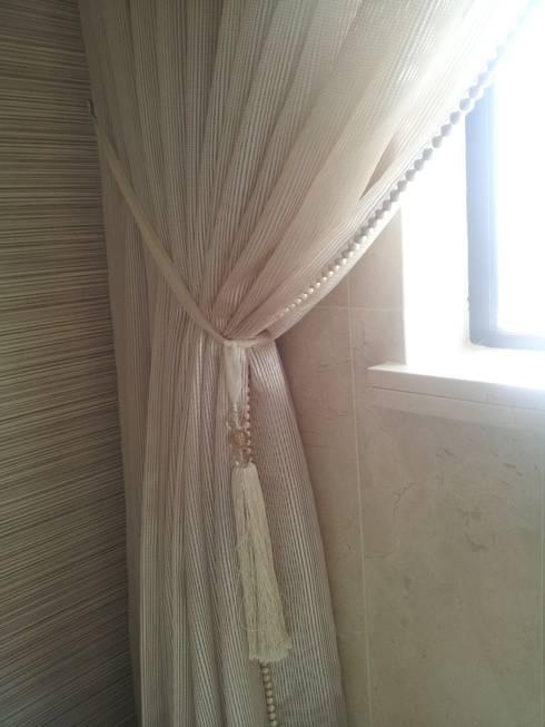 Sandton Splendour:  Bedroom by CKW Lifestyle