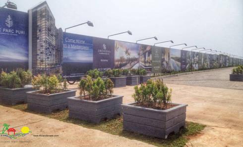 ONE PARC PURI:  Kantor & toko by PT. Kampung Flora Cipta