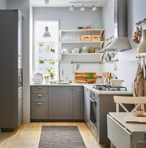 Mấu thiết kế bếp chữ L đẹp phù hợp với không gian sống hiện đại:  Tủ bếp by Công ty TNHH Thiết Kế Xây Dựng Song Phát