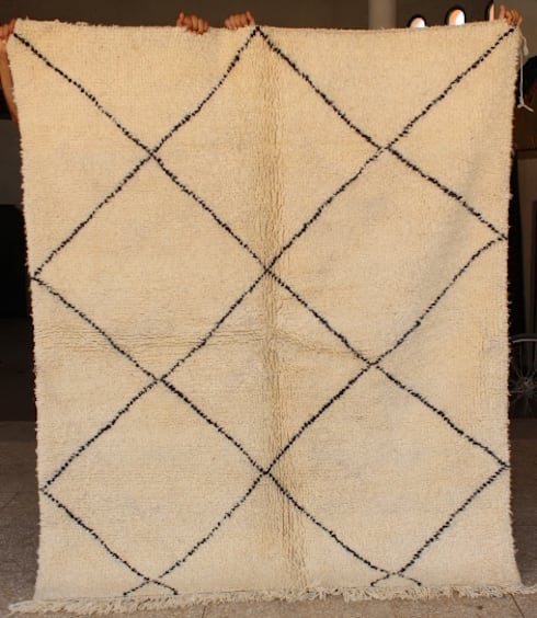 Moroccan Azilal Rug , Berber Azilal Rugs , Beni ourain Rugs:   by BOHOZOO