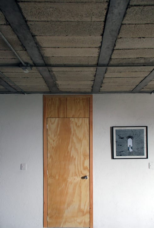 Departamentos El Pino: Casas de estilo industrial por Apaloosa Estudio de Arquitectura y Diseño
