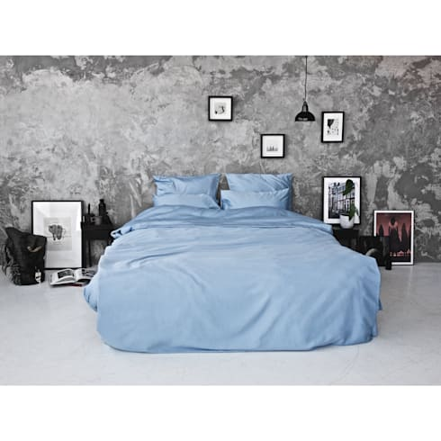 Sateen Duvet Set - Light blue: scandinavian Bedroom by Bedroommood