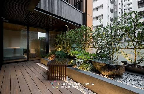 後院:  露臺 by 大地工房景觀公司