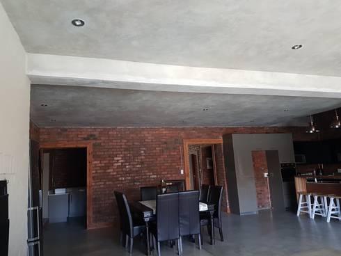 Home : rustic Living room by Kru Energy