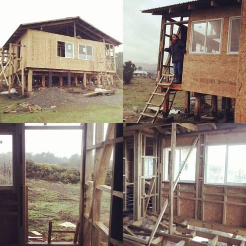 collage de proceso de construcción:  de estilo  por Ekeko arquitectura