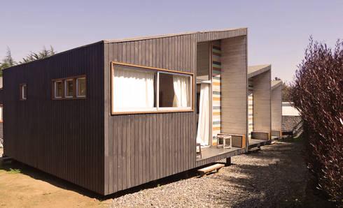 Cabañas Algarrobo: Chalets de estilo  por m2 estudio arquitectos