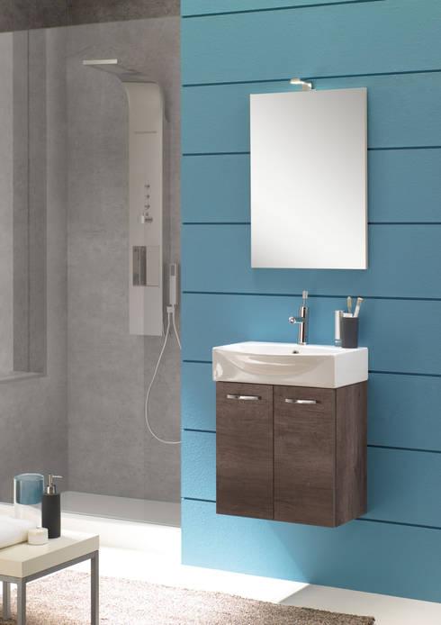 Mini50 02: Bagno in stile  di FALEGNAMERIA ADRIATICA S.r.l.