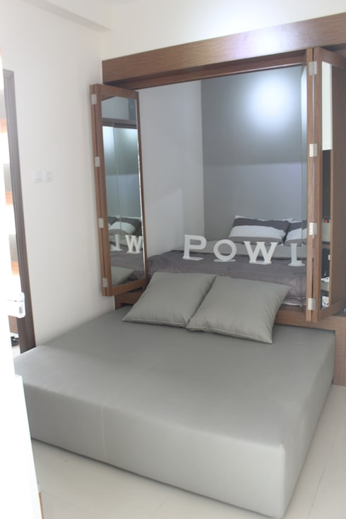 Galeri Ciumbuleuit III - 2 Bedroom Cypress:  Kamar Tidur by POWL Studio