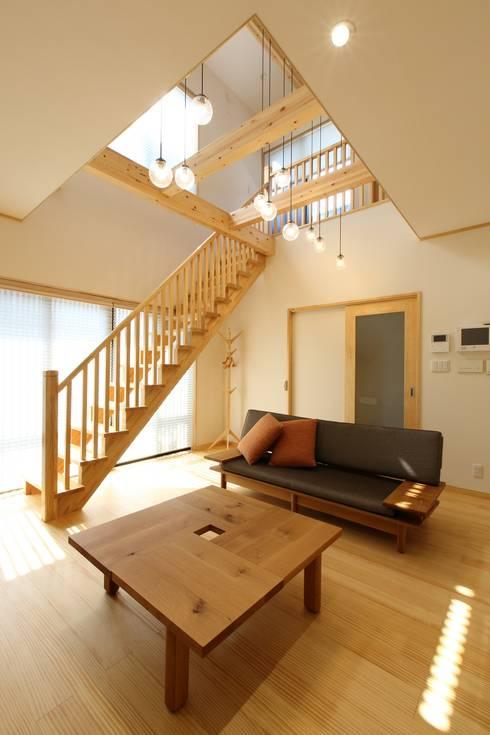 de estilo  por やまぐち建築設計室