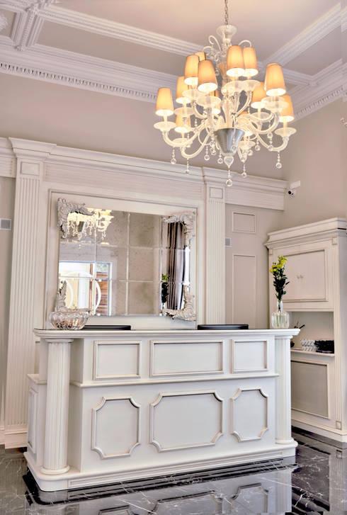 Corridor, hallway & stairs تنفيذ MULTIFORME® lighting