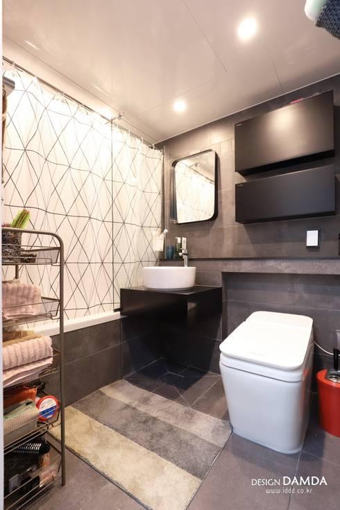 정자동 한솔마을 49평 : 디자인담다의  욕실