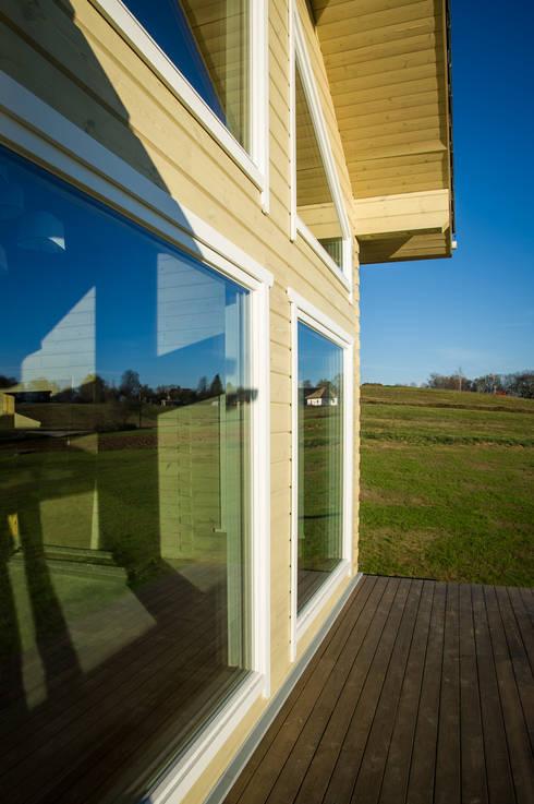 Chalets de estilo  por THULE Blockhaus GmbH - Ihr Fertigbausatz für ein Holzhaus