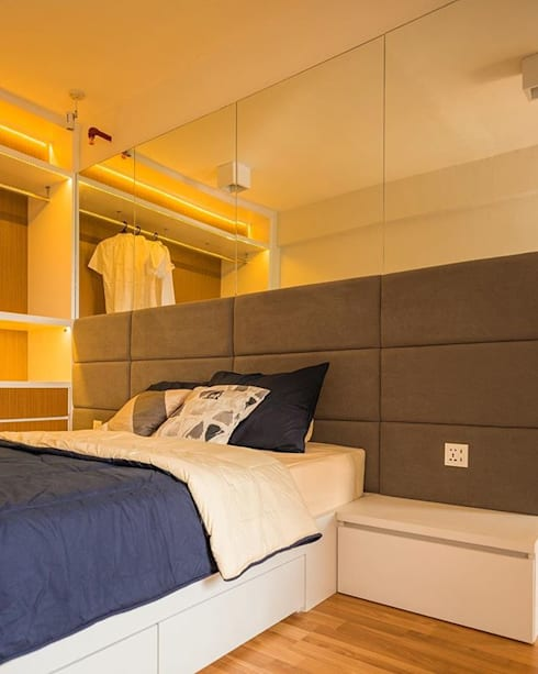 Area Bedhead:  Bedroom by FIANO INTERIOR
