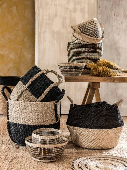 Los materiales naturales destacan en la tendencia Emma & John: Salones de estilo  de MAISONS DU MONDE compra de muebles y accesorios para el hogar online
