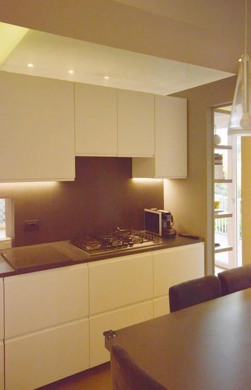 Casa VDN: Cucina in stile  di odap - arch. matteo pavese