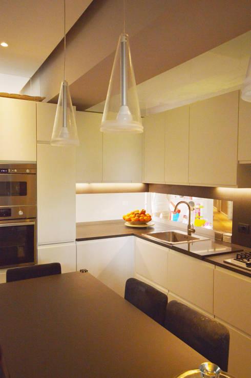 Cucina : Cucina in stile  di odap - arch. matteo pavese