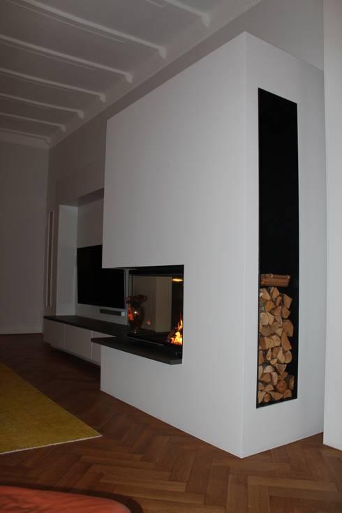 Living room by Christoph Lüpken Ofenbau GmbH - Kamine aus Duesseldorf