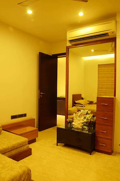 IMPERIAL TOWER, TARDEO, MUMBAI:  Bedroom by Aesthos Interior Design and Consultancy