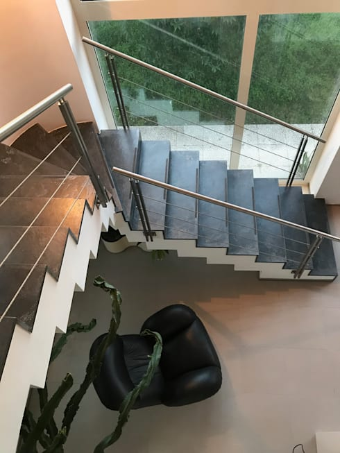 Stairs by MEF Architect