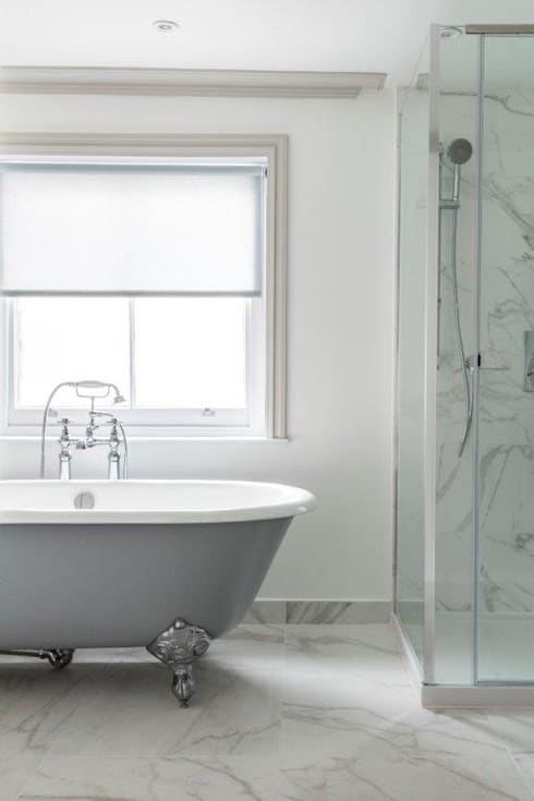 Knightsbridge Townhouse :  Bathroom by Prestige Architects By Marco Braghiroli