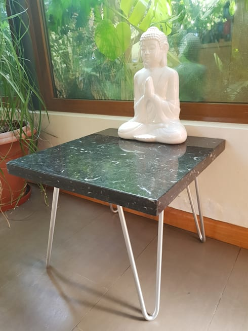 MORENA pata metálica: Salas de estilo  por SIMPLEMENTE AMBIENTE mobiliarios