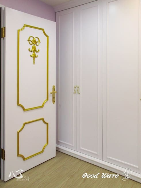造型門板:  臥室 by 台中室內設計裝修|心之所向設計美學工作室