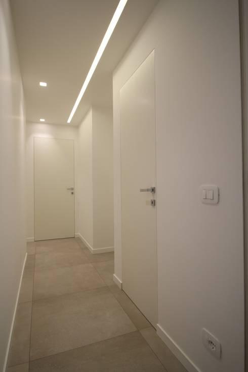 Corridor & hallway by Giuseppe Rappa & Angelo M. Castiglione