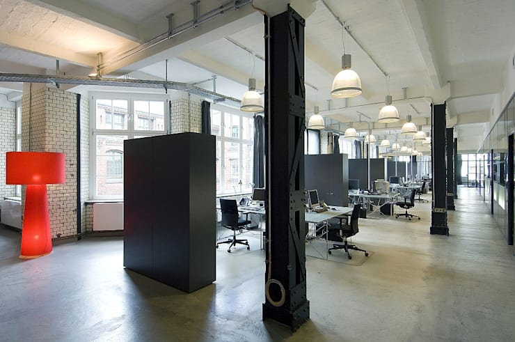 """Film und TV Produktion """" South & Browse"""":  Geschäftsräume & Stores von BERLINRODEO interior concepts GmbH"""