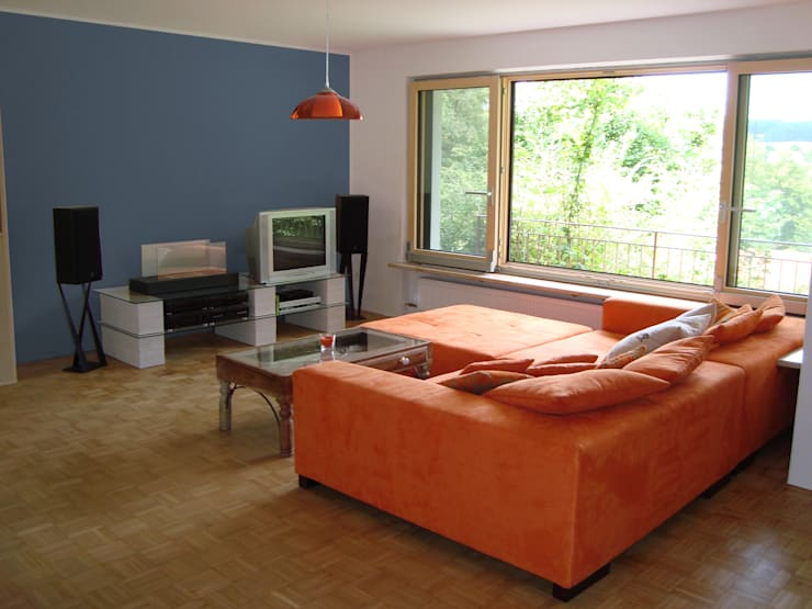 haus l oberpfalz: moderne Wohnzimmer von innenarchitektur s. kaiser