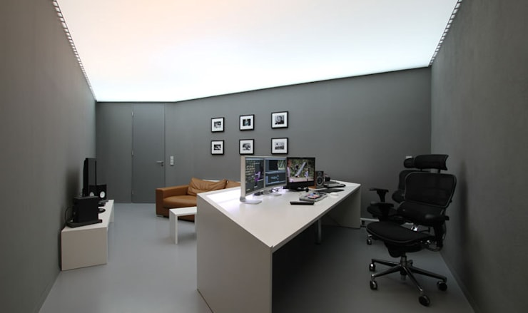 Postproduction Studio:  Arbeitszimmer von designyougo - architects and designers